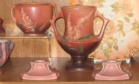 Click here for our Roseville Pottery Home page.