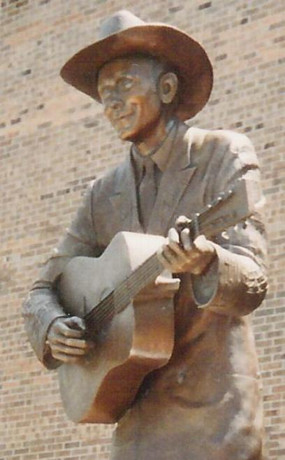 Click Here for The Hank Williams Museum...