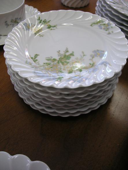 "Haviland Limoges Margaux (8)- 6 1/4"" Bread & Butter Plates"