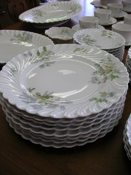 "Haviland Limoges Margaux (8)- 10 1/2"" Dinner Plates"
