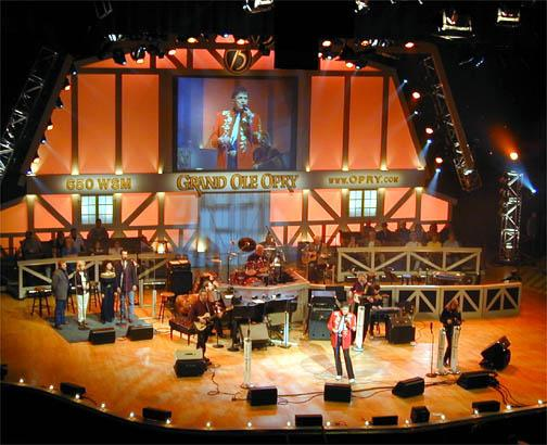 "Josh Turner performs ""Firecracker"" at the Grand Ole Opry"