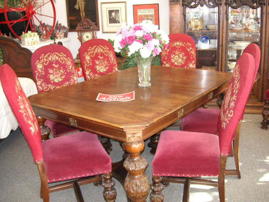 The Hanson House 1920's Grand Dining Room Set